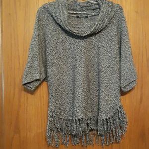 🎁Relativity Size Medium Sweater top